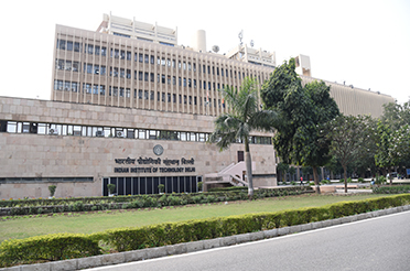 IIT Delhi to Create New Centre to Synergize and Boost R&D Activities in Optics and Photonics Field